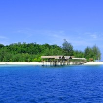 What to Do in Pulau Saronde (10) : Berkunjung ke Ponelo